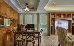 簡美式133平米三居餐廳實木餐桌椅裝修圖片