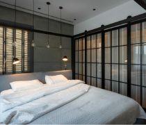 单身公寓精装卧室玻璃门设计效果图