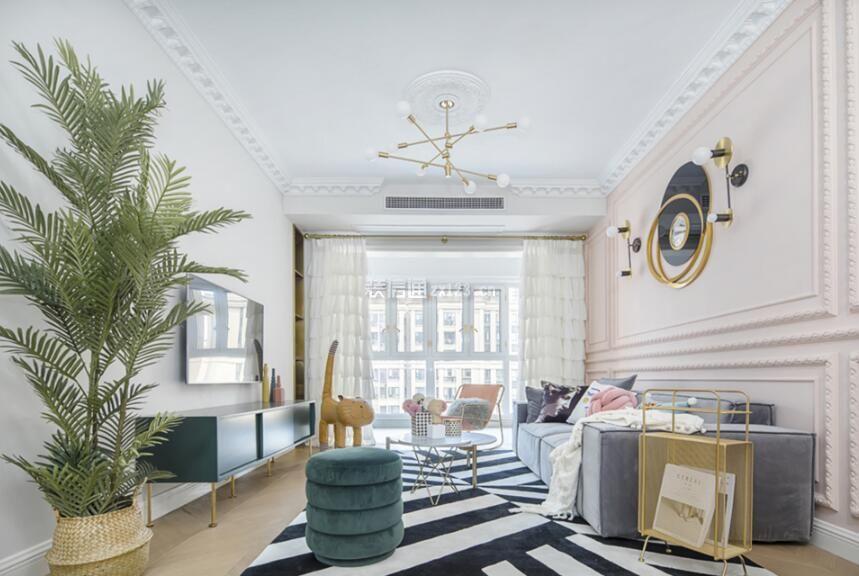 118平米房子客厅石膏线吊顶设计图