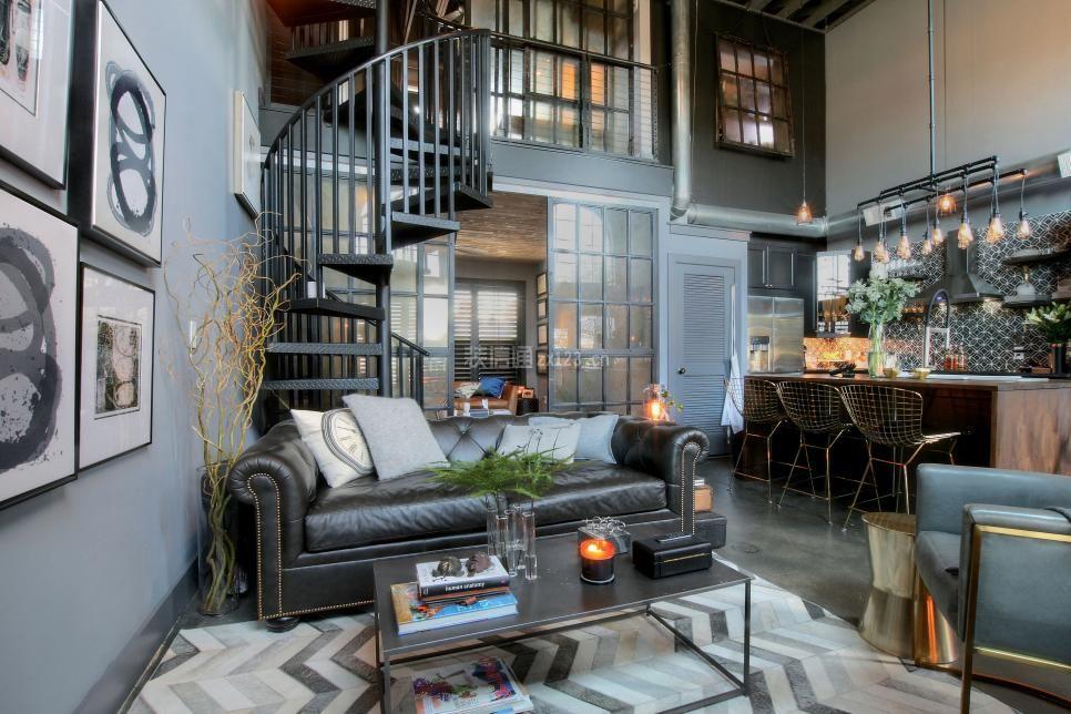 美式工业风格小跃层客厅装修设计图片图片