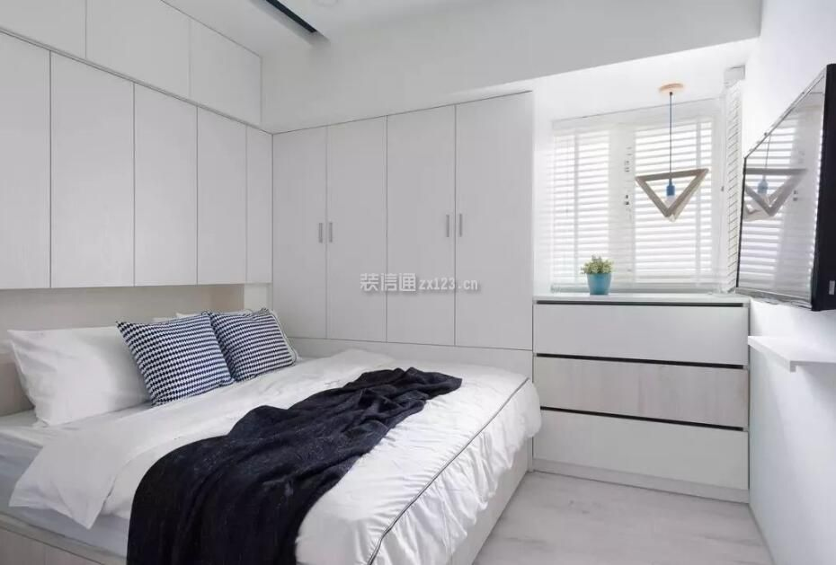 北欧卧室床头衣柜装修设计图片图片