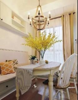 輕美式風格140平三室兩廳餐廳設計圖