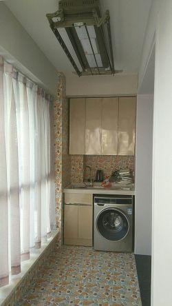 簡約風格120平三居陽臺洗衣機柜裝修圖片