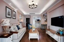 88平簡約美式風格客廳吊頂燈具裝潢圖片