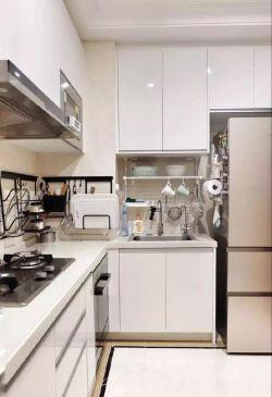 簡約北歐風格120平米三居婚房廚房設計圖片
