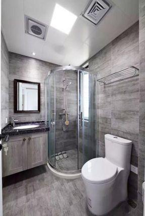 130平方家庭卫生间半圆形淋浴房装修设计