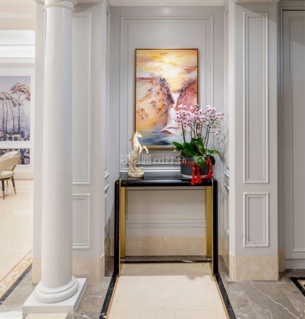 青岛装饰公司:300平法式别墅装修 一进门就被震撼了