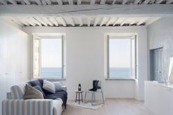 簡約北歐風格大二居客廳觀景窗戶設計圖片