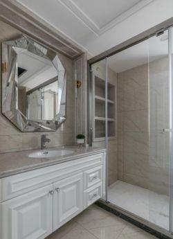 73平新房衛生間室內玻璃門裝修圖賞析