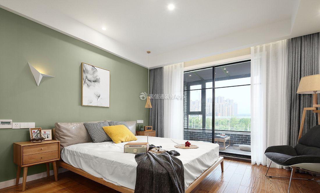 北欧简约家装卧室带阳台推拉门设计图