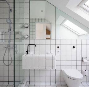 现代家用时尚卫生间干湿分区装修图片赏析-每日推荐