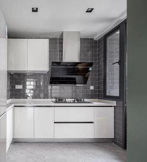 2019欧式白色橱柜装修效果图 简欧风格厨房装修图
