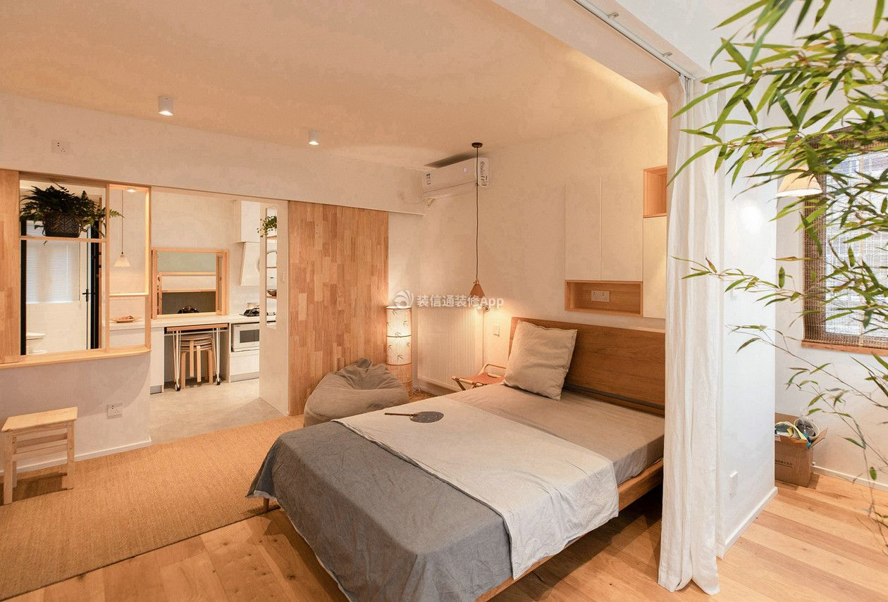 小型公寓卧室阳台窗帘隔断设计效果图片_装修123效果图