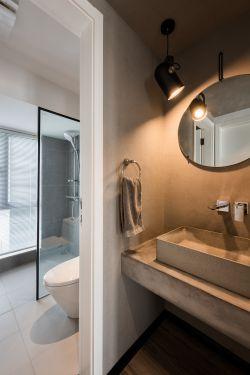 小型公寓衛生間洗手臺鏡子裝潢設計效果圖片