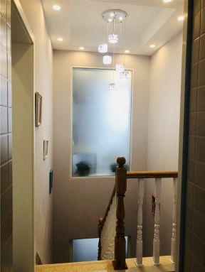2019小躍層樓梯裝修效果圖 小戶型躍層樓梯裝修 2019躍層樓梯圖片