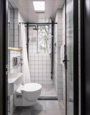 90平小户型三房欧式风格浴室浴帘隔断装修图片