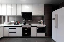 現代風格126平三居室廚房裝修效果圖片大全