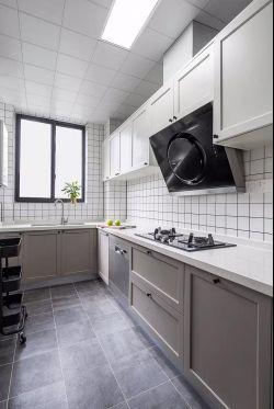 現代風格126平三居室廚房裝修效果圖片鑒賞