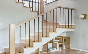 美式樓梯裝修效果圖 2019美式樓梯裝修效果圖欣賞