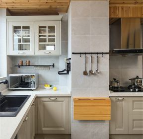 126平米三居室現代簡約風格廚房裝修案例效果圖-每日推薦