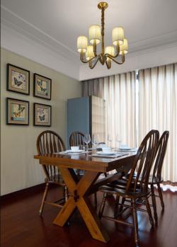 美式風格140平米三居餐廳實木桌椅效果圖