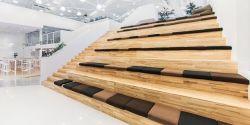 極簡風格2800平米辦公室樓梯裝修