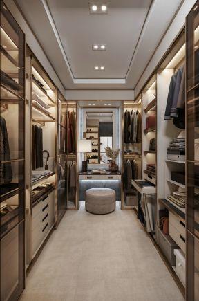 现代轻奢145平米三居室衣帽间装修效果图