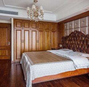 躍層250平新古典風格臥室床頭裝修效果圖-每日推薦