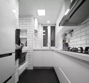 廚房瓷磚搭配效果圖 廚房瓷磚灶臺圖片