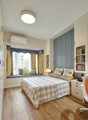現代風格臥室家具圖片 現代風格臥室窗簾