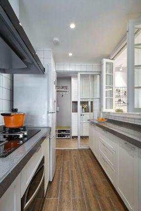 簡歐風格廚房裝修圖 簡歐風格廚房圖片