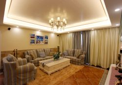 深圳地中海風格樣板房客廳照片墻裝修圖