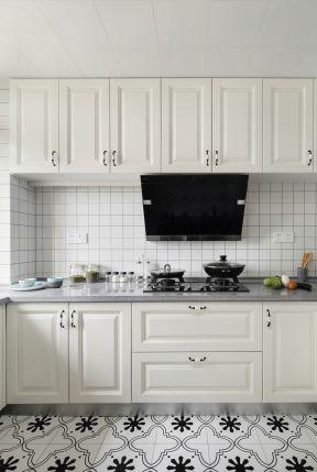 欧式风格厨房效果图 欧式风格厨房装修图片 欧式风格厨房