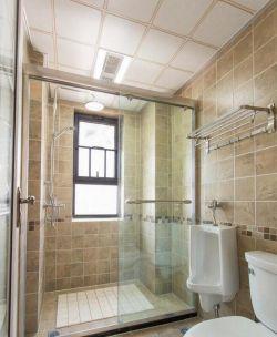 廈門130平新房家裝衛生間玻璃隔斷圖片