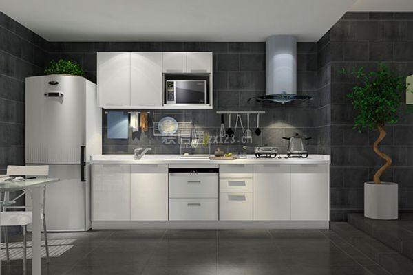 厨房墙面装修用什么材料