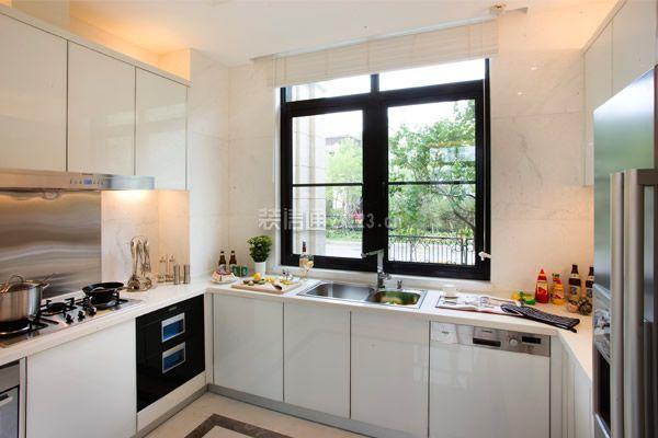 深圳厨房装修善用收纳设计