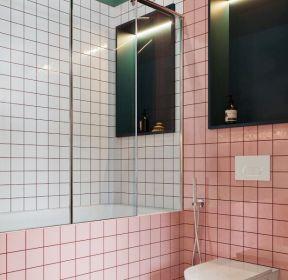温馨卫生间马赛克背景墙装修图片-每日推荐