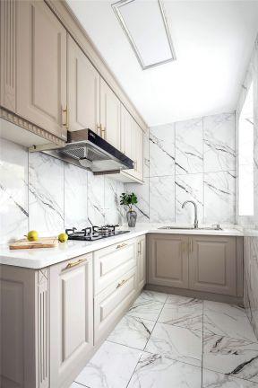輕奢廚房裝修效果圖 L型廚房裝修效果圖