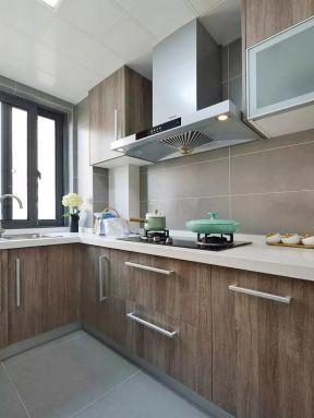 原木櫥柜圖片 原木櫥柜裝修效果圖片 現代廚房裝修設計效果圖