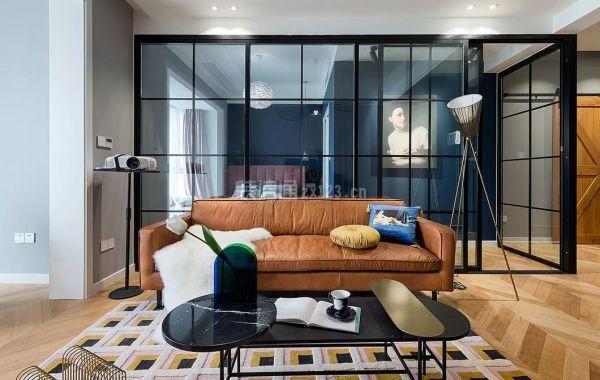 80平米现代客厅装修效果图