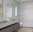現代風格衛生間玻璃隔斷墻設計效果圖