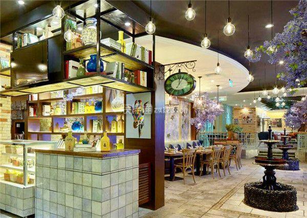 北京餐饮店如何打造出吸引人的店面