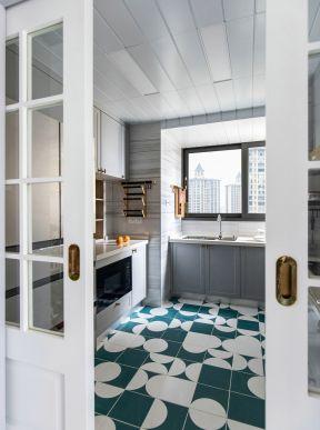 廚房地磚圖片  廚房移門裝修效果圖
