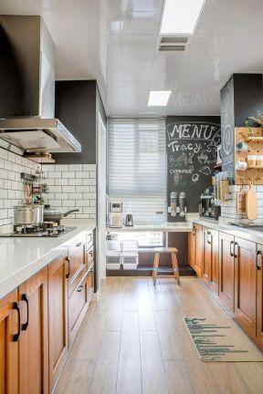 時尚廚房裝修圖片欣賞 家庭廚房裝潢圖 家庭廚房裝修效果圖