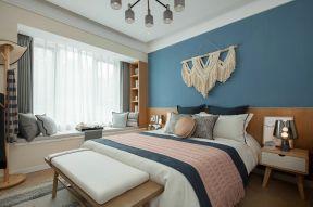 臥室背景墻裝修圖片大全 臥室床尾凳效果圖