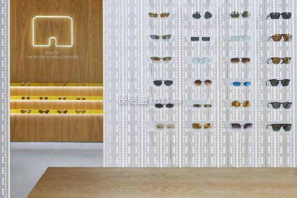 眼镜店色彩设计