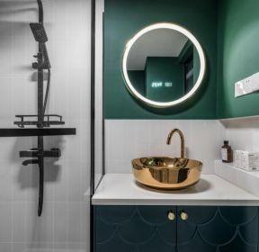 小户型公寓卫生间台上盆装潢设计效果图-每日推荐