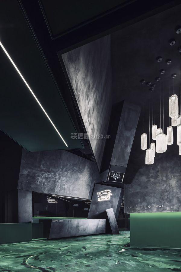 燈飾店頂部設計