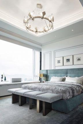 時尚臥室裝修效果圖 臥室床尾凳效果圖