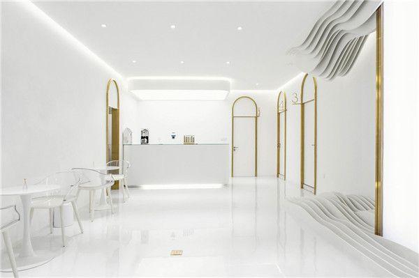 充满未来科技感美容院:用灯光打造梦幻感